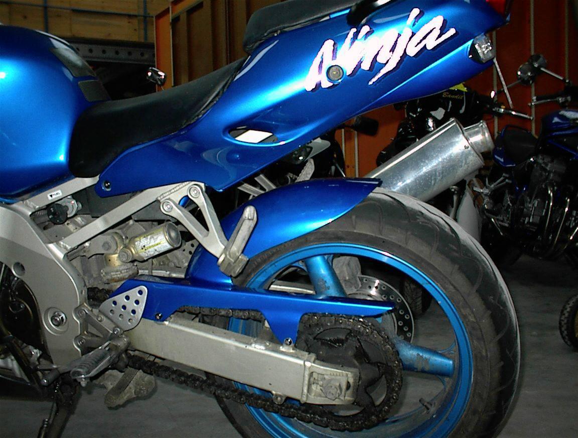 1 paire 22mm poign/ées moto universelles antid/érapantes sport en caoutchouc guidon poign/ée Grip Bar End moto v/élo caf/é Racer-noir