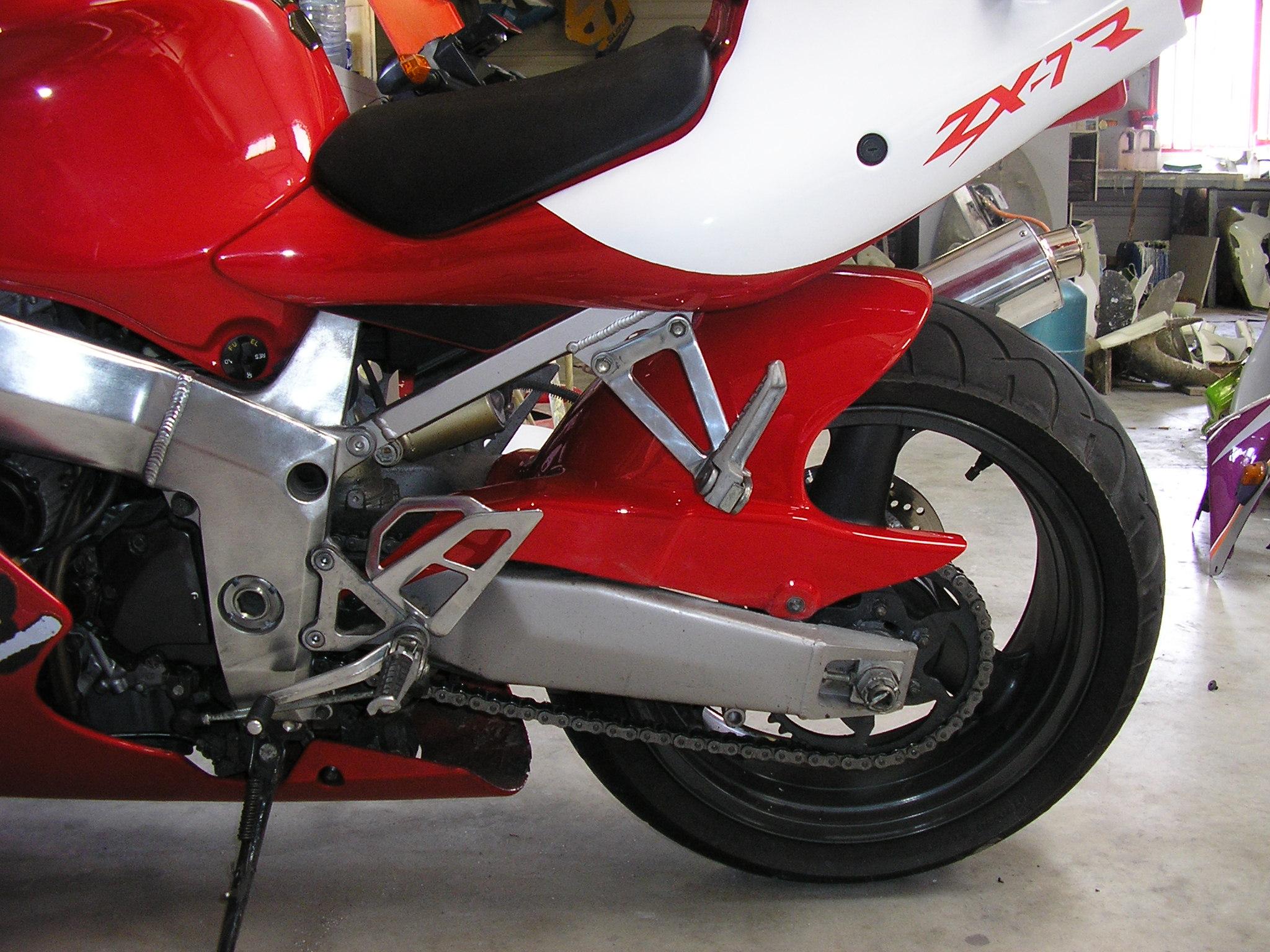 Composites moto artisan commerçant carrosserie moto achat vente motos