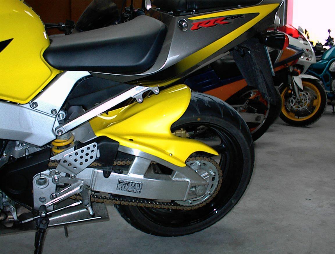 GBAR 900 CBR 2000